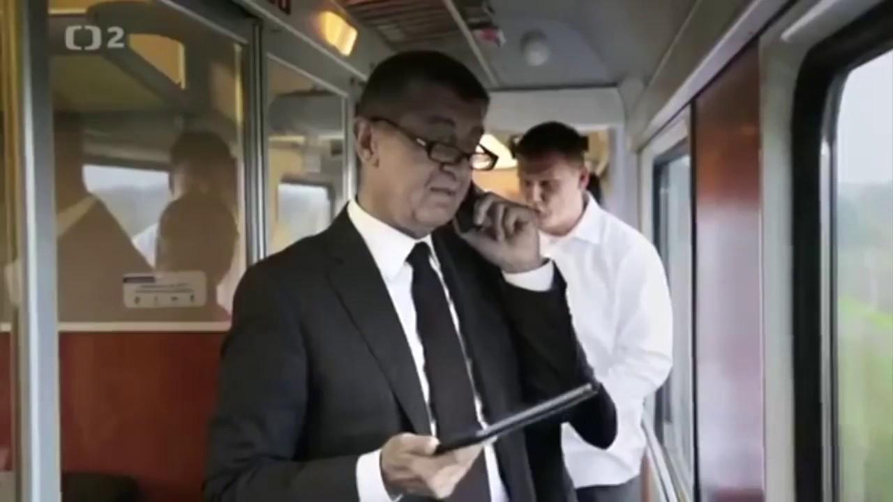 Mravnost a etika nade vše: Vulgární ministr financí Babiš si ve vlaku servítky nebral
